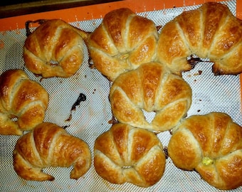 Croissants  (Plain or Chocolate Filled)