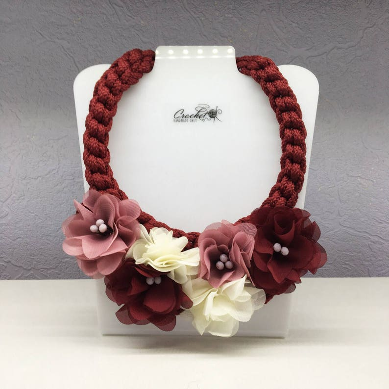 37bc00d21e289 Burgundy flower necklace, Swarovski rope pendant, chunky jewelry, boho  statement bib necklace, bridesmaid wedding accessory, collar choker