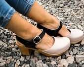 Clogs Moccasins Wooden sandals high heel Women clogs Leather clogs Clog Womens beige clogs Boots Womens clogs Clogs boots Clogs sandals nude