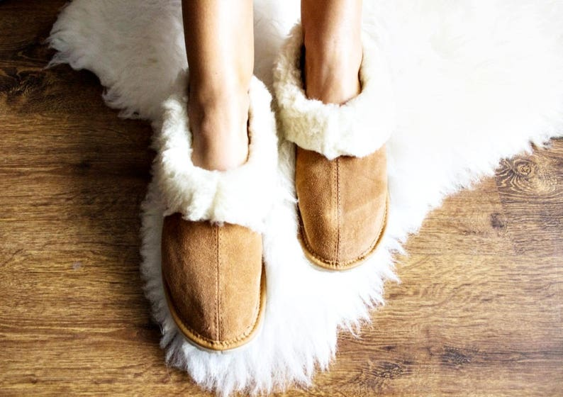 98c5a6150e1f1 SHEEPSKIN slippers Fur winter boots Warm moccasins Gift for women Warm  slippers Leather slippersFur boots Shearling slippers Christmas gift