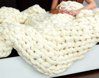 Queen Size Chunky Knit Blanket, Giant Stitch Hand Knitted Chunky Throw, Pure 100% Merino Wool Blanket, Gift Ideas