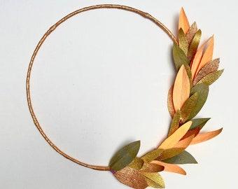 Autumnal leaves wreath.