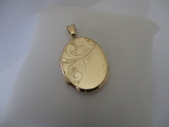 A 9 ct 9 carat 9k yellow gold hallmarked 375 Birmi