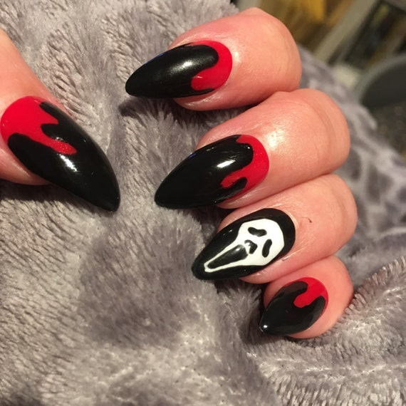 Scream Bloody presse sur faux ongles