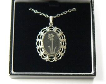 Slate Necklace Daffodil Design