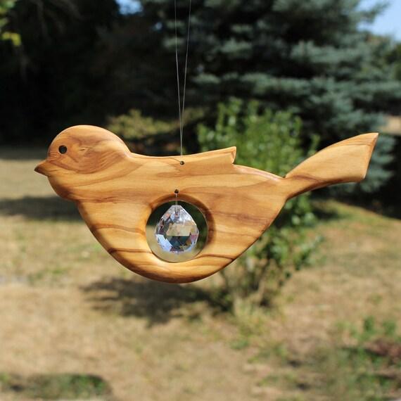 fensterdeko zum aufh ngen vogel aus holz mit bleikristall. Black Bedroom Furniture Sets. Home Design Ideas