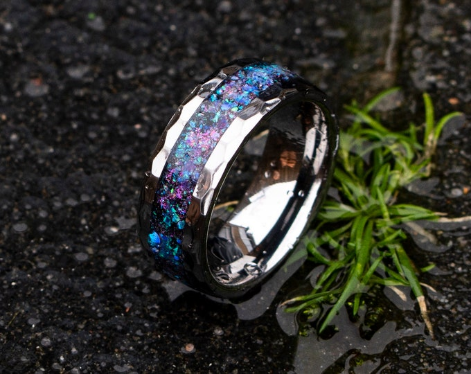 Sale Hammered tungsten ring with sleepy lavender opal inlay.