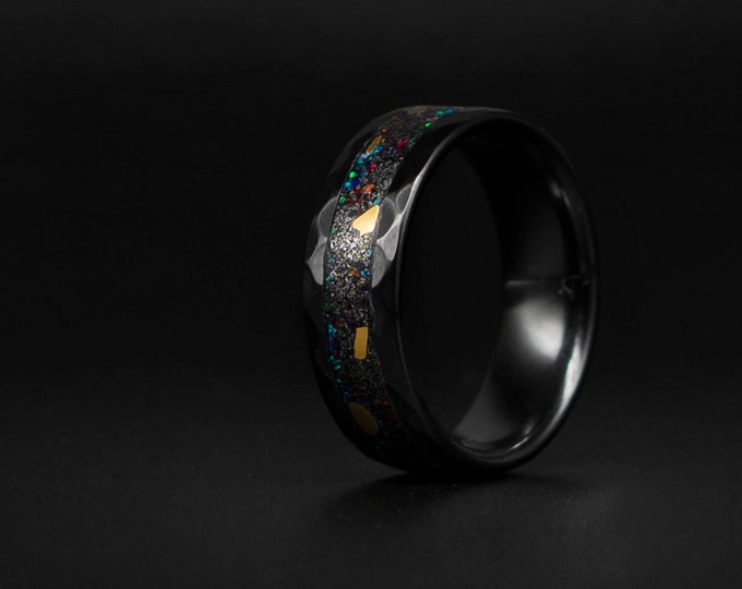 24Krt GOLD !! black ceramic Opal Inlay Wedding Band, Unique Wedding Band, Galaxy Glowstone Ring, Unique Galaxy Ring, Custom Wedding Ring