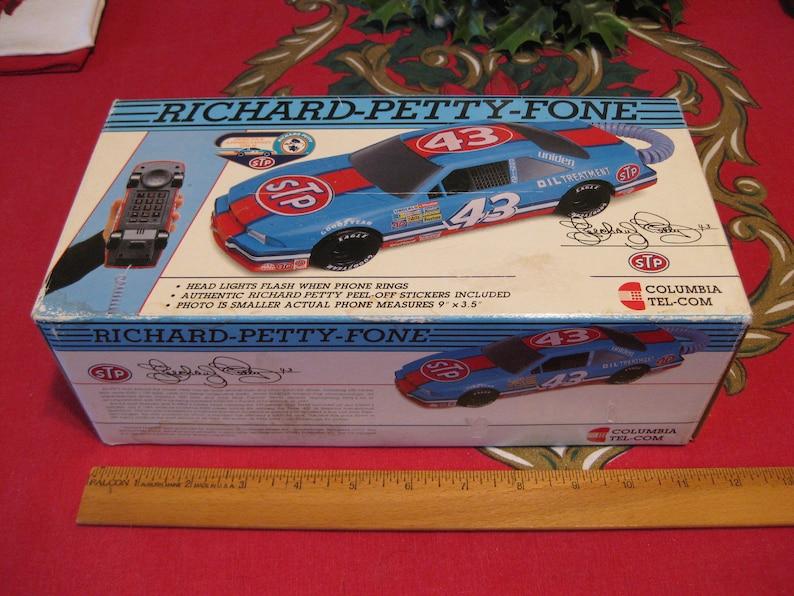 Richard Petty Fone Racing Car Phone in Original Box Flashing Lights 1992