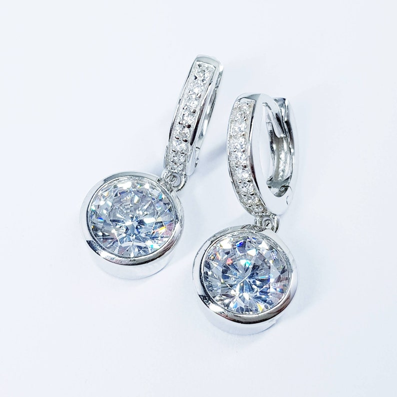 elegant gift for women Drop and dangle hoop earrings classic fabric diamond earrings hoop earrings