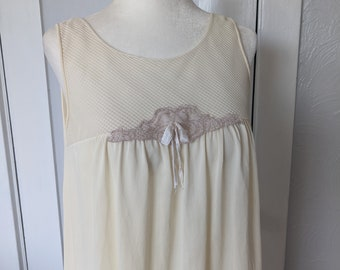 Small 1950s Blue Nightgown Sleeveless Nightgown Lace Bust Lace Trim Vintage Sleepwear Loungewear Lounge Lingerie 50s Vintage