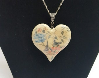 Victorian Heart Pendant Necklace