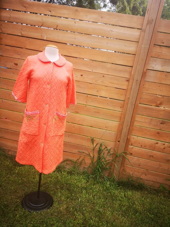 1960's embroidered quilted housecoat robe orange - image 7