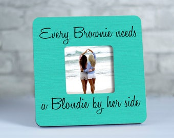 Brunette Amp Blonde With An Inseparable Bond Best Friends Bff
