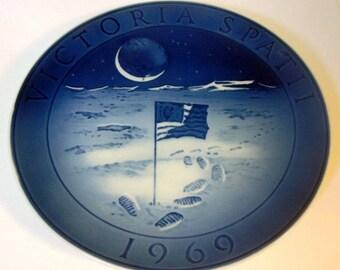 Royal Copenhagen Plate 1969 Moon Landing Flag
