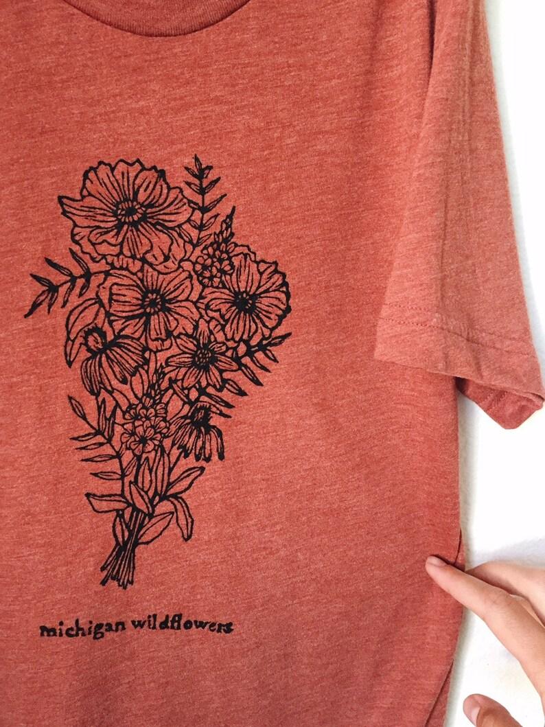 Michigan Wildflowers Tee Rust