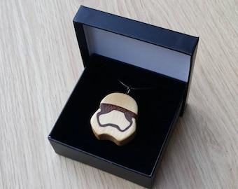 Pendentif de Stormtrooper d'érable.