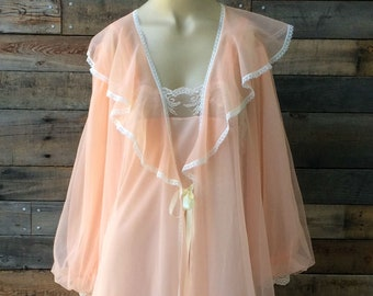 1970's Vintage Lingerie Nightgown and Robe Set, Size Medium