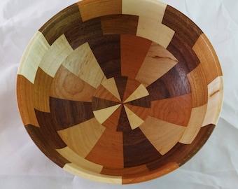 Small segmented bowl