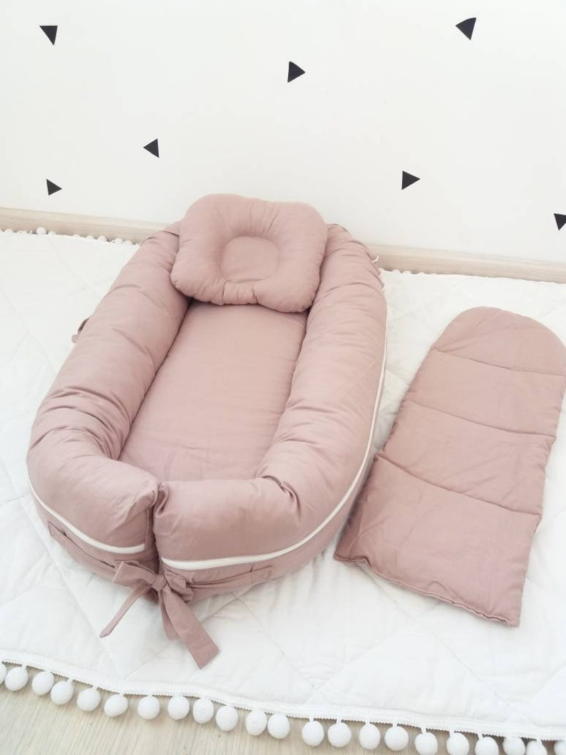 DELUXE and GRAND baby nest Baby lounger Sleep bed Baby bed Co image 0