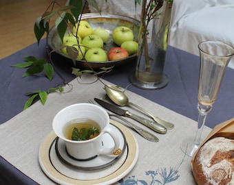 """Place mat """"Blackberries and pine branches"""""""