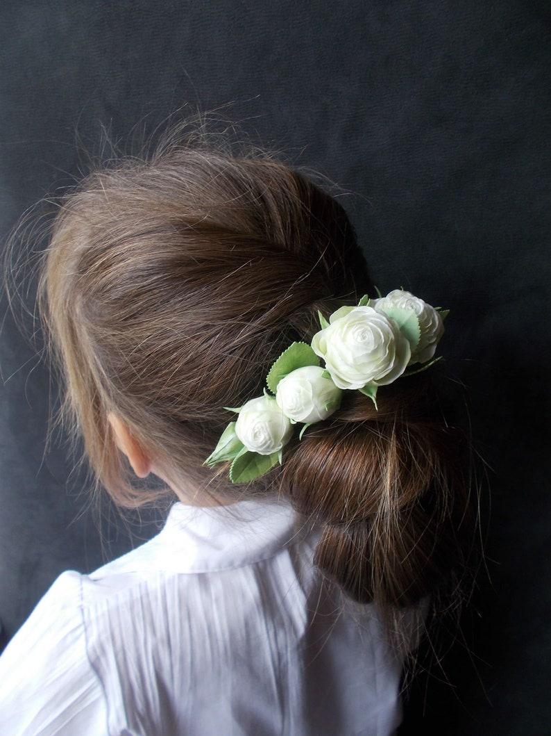 Bridal hair pins White rose floral pins Bride hair Wedding hair piece White bridal flowers Rose hair pins Wedding hair accessory