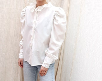 1970/'s Vintage white cotton broderie anglaise lace folk blouse  Vintage white cotton hippie folklore top
