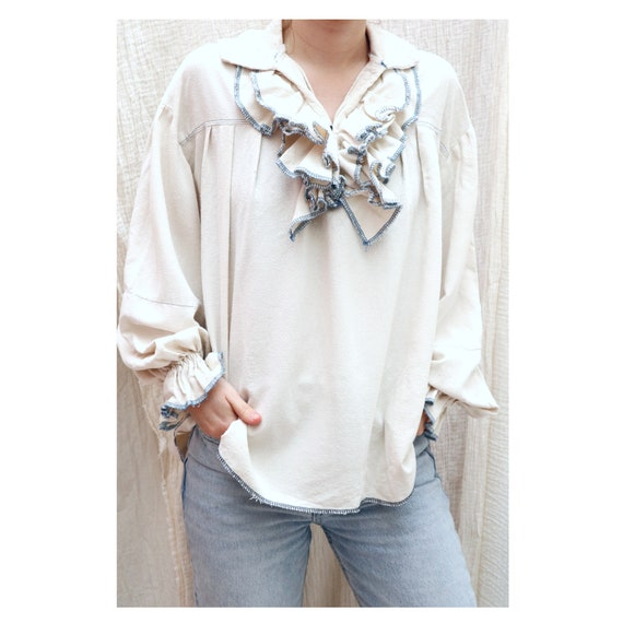 1970's Vintage white ruffle poet style blouse with