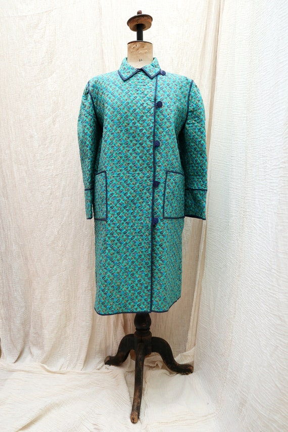 1970's Vintage cotton quilted coat with paisley pr