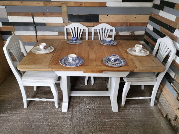 Surprising Shabby Chic Oak Extending Draw Leaf Kitchen Dining Farm House Table And 4 Oak Chairs Creativecarmelina Interior Chair Design Creativecarmelinacom