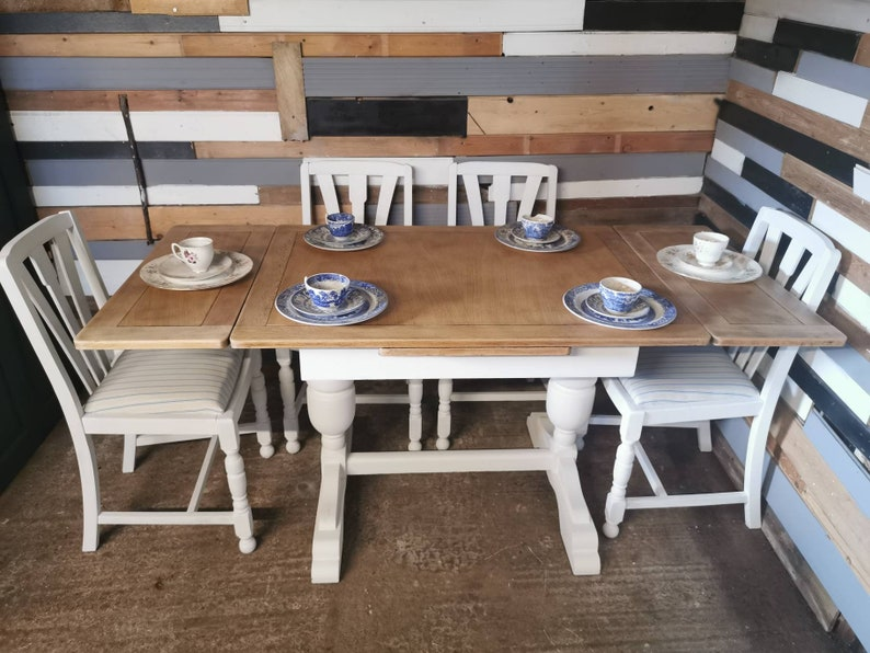 Phenomenal Shabby Chic Oak Extending Draw Leaf Kitchen Dining Farm House Table And 4 Oak Chairs Creativecarmelina Interior Chair Design Creativecarmelinacom