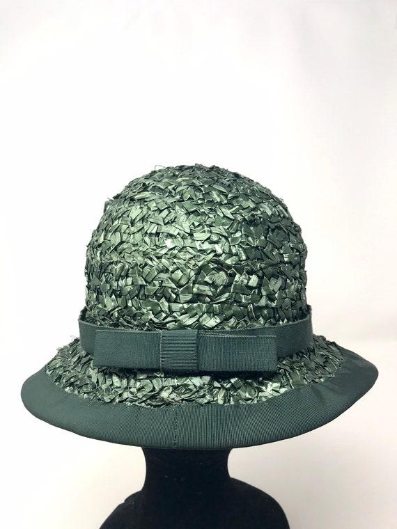 Vintage green straw hat woman cloche 60s sun summ… - image 4