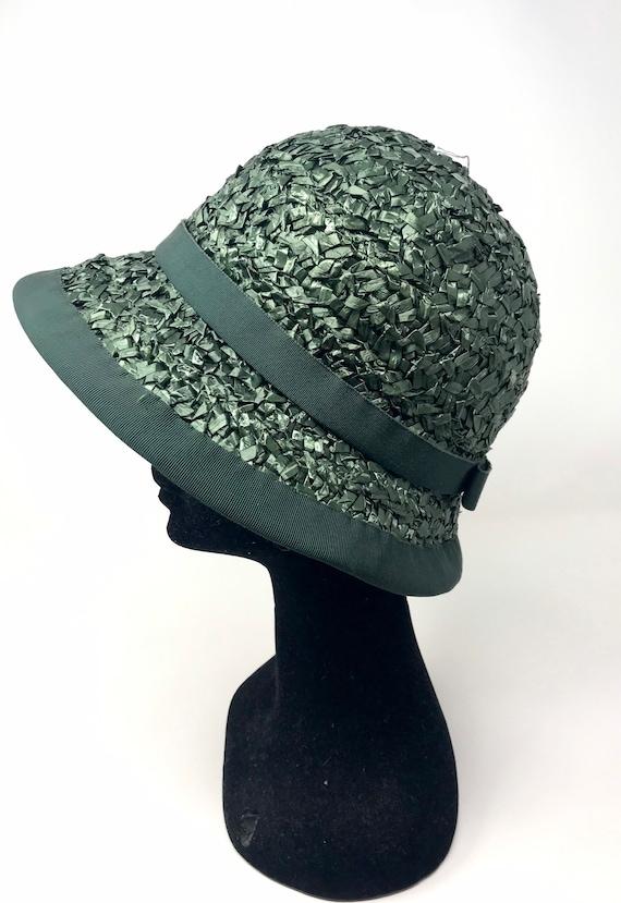 Vintage green straw hat woman cloche 60s sun summ… - image 2