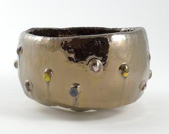 Golden tea bowl//bowl with golden glaze//Tea bowl