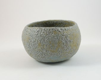 Tea bowl with lava glaze / Matcha bowl / Chawan / Tea bowl / Tea bowl