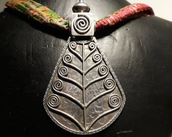 Silver 925 pendant boho chic ready to ship, hand made in india
