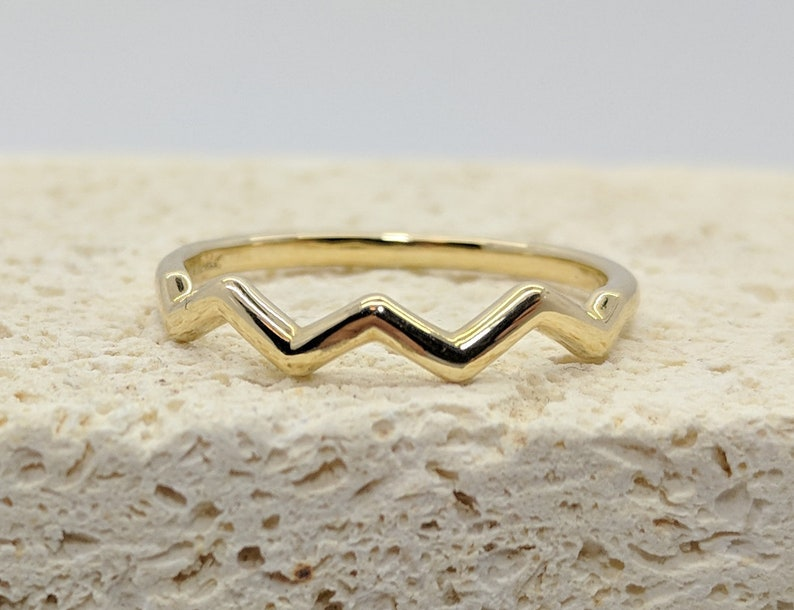 Wavy Stackable Gold Ring Wedding Stacking Thin Delicate Ring
