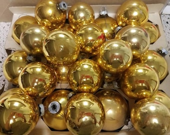 Lovely Vintage Mercury Glass Christmas Ornaments 26 Gold