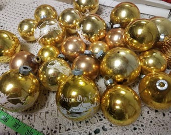 Lovely Vintage Mercury Glass Christmas Ornaments 25 Gold