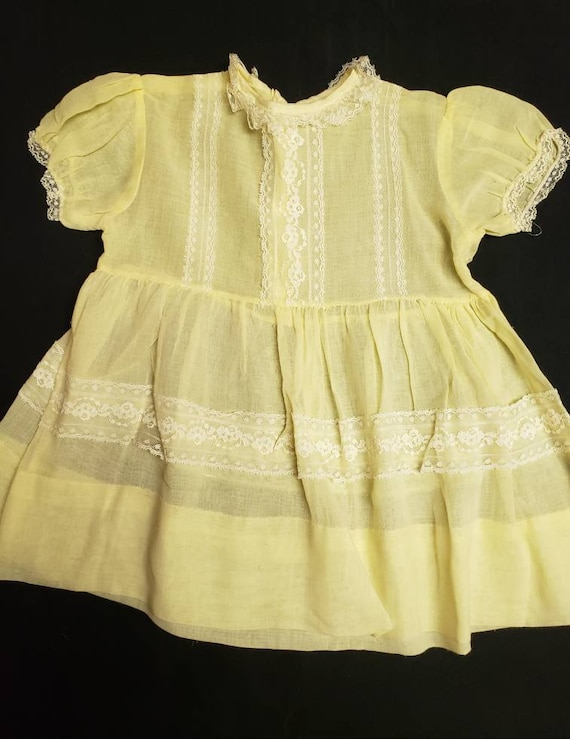 Vintage Sheer Yellow and Lace Organza Little Girl'