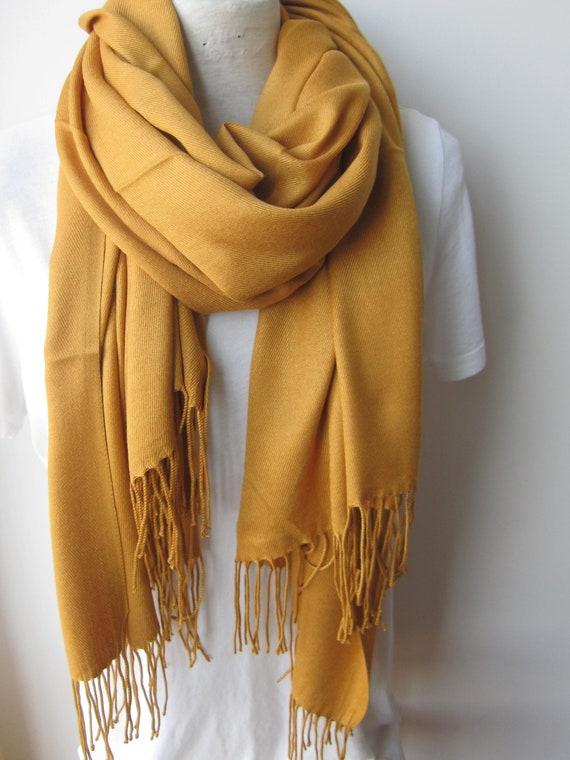 Foulard jaune moutarde 2018 2019 automne hiver mode foulards   Etsy 9fd827c4d028