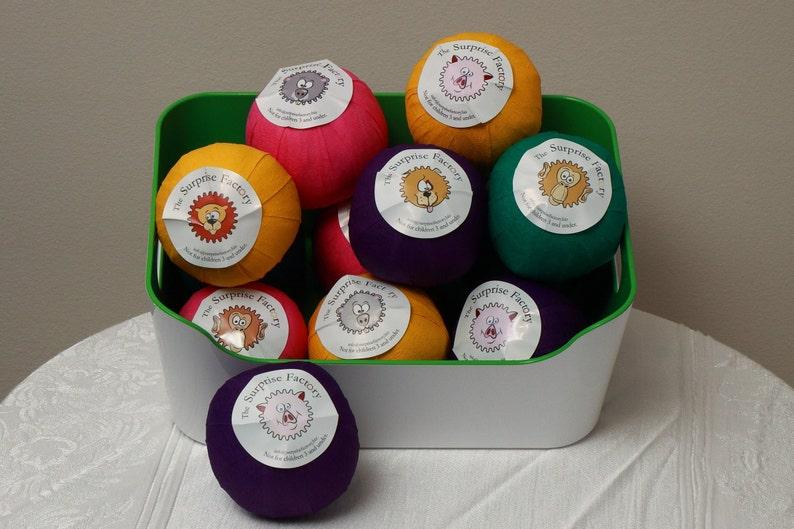 Kinder Egg Surprise Balls Surprise Ball General Surprise Balls Everyone Surprise Ball with Kinder Egg Toy Surprise Balls Party Favors