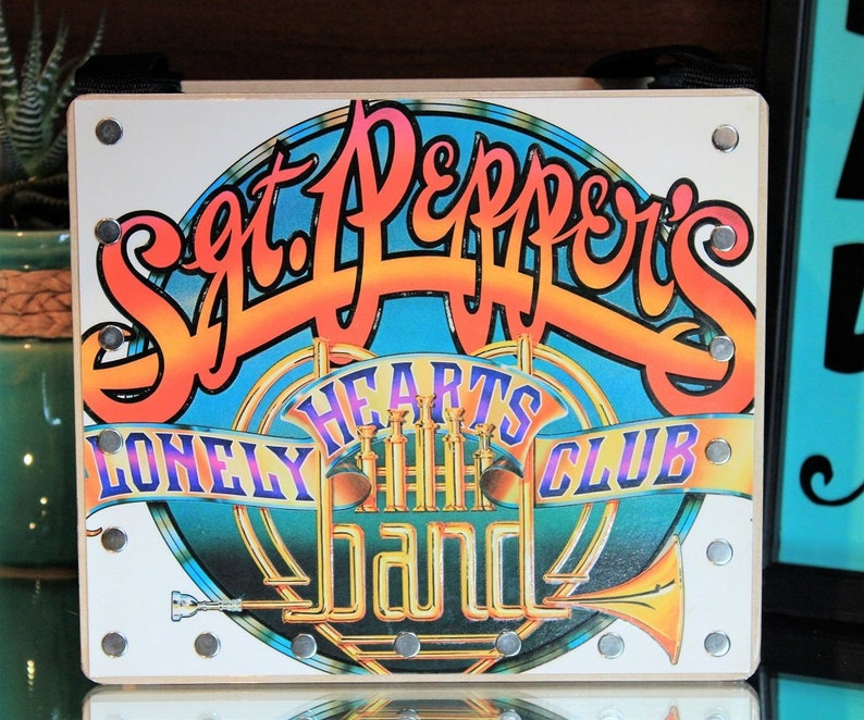 Record Purse Beatles Songs Sgt. Peppers Lonely Hearts Club image 0