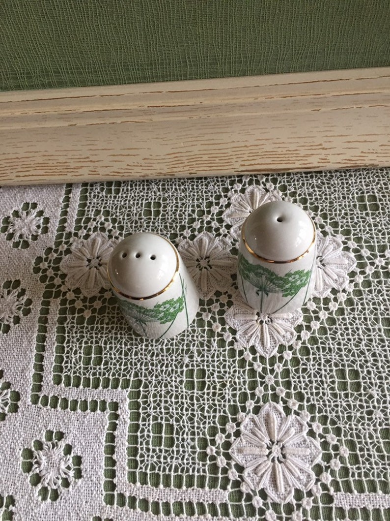 White Porcelain Salt and Pepper Shakers Makers Mark \u201cK\u201d Inside a Simple Decorated with Gold Trim Bright Green Queen Anne\u2019s Lace Flowers