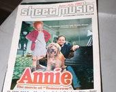 ANNIE (1982) Sheet Music Magazine for Piano and Guitar Little Orphan Musical Harold Gray John Huston Doll Albert Finney Carol Burnett