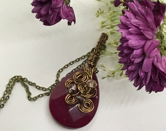 Red jade wire wrapped pendant and necklace