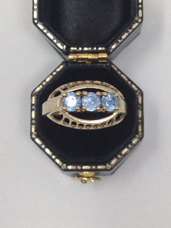 Antique 9ct Gold Topaz Ring. Size 8 1/2.