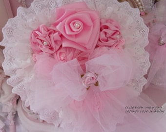gorgeous heart ornament shabby chic, hanging, and roses of satin, full of romance...