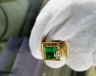 David Webb 18k Gold Natural Columbian Emerald Diamond Ring