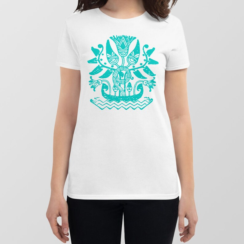 Flower Tribal Design Goddess Bloom Tee Women/'s Size Large 100/% White Cotton Semi-Fitted Tee Hieroglyphic Graphic